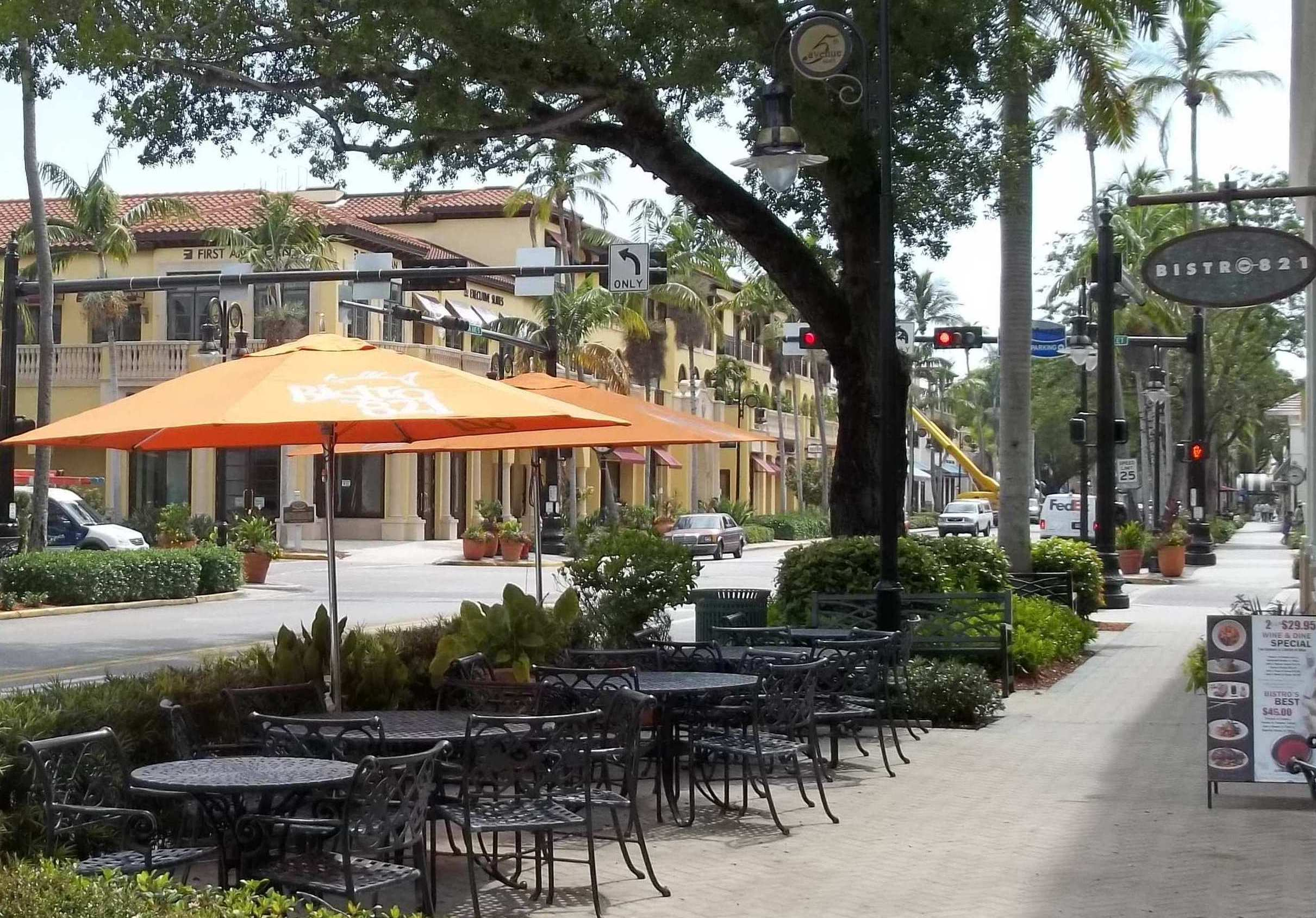 Fifth Avenue South Naples
