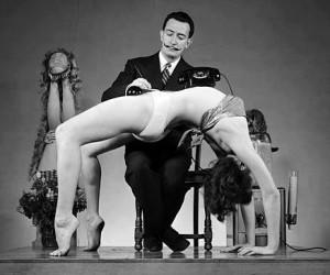 Salvador-Dali-Yoga[1]