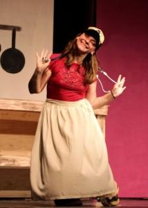 Rachel Takes a Bow 02