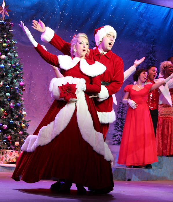 Nic Casaula is Phil Davis in Broadway Palm's 'White Christmas ...