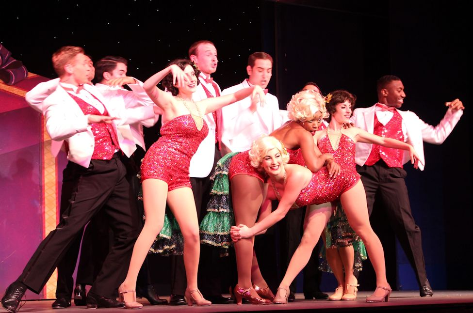 on the broadway palms main stage now through christmas day is irving berlins white christmas included in the enthusiastic cast of the show is an ensemble - Cast Of White Christmas