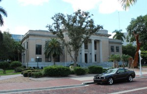 Old Lee County Courthouse 2013 B