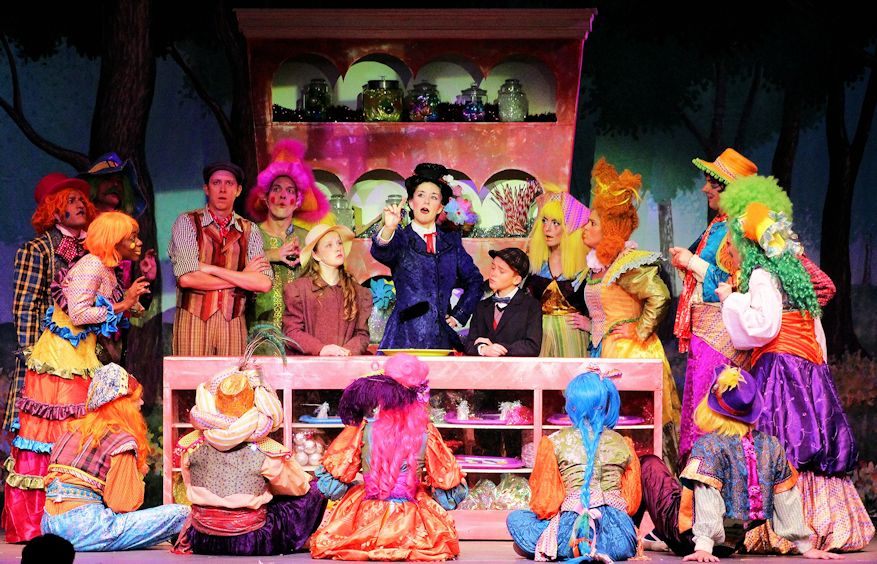 Spotlight on young actors who play Jane and Michael Banks in 'Mary Poppins'