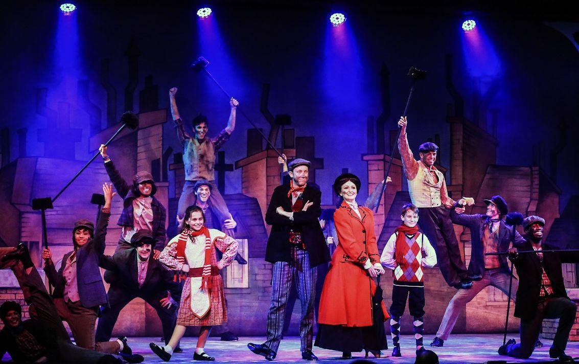 Spotlight on Mary Poppins' chimney sweep extraordinaire Chris Duir
